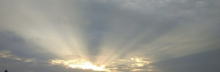 आशेचे किरण.(Rays of hope. Silver lining through the clouds)
