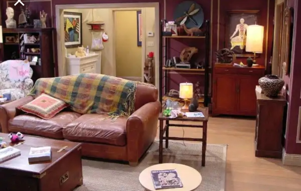 Ross Geller living room decor and ideas