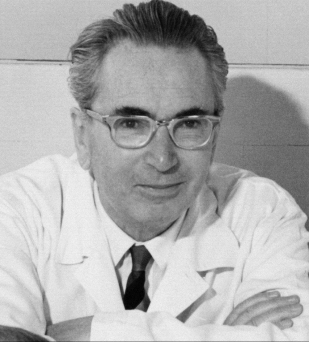Dr. Viktor E Frankl Black and white photograph potrait Man's search for meaning author